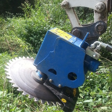 Scie circulaire hydraulique pour mini-pelle